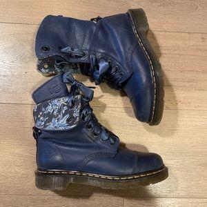 Dr. Martens Aimilie Navy boots